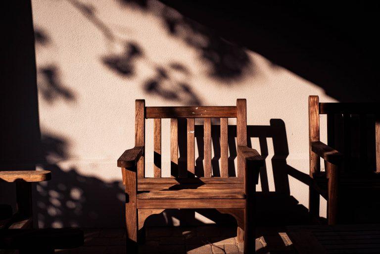 Quels produits pour traiter le bois contre l'humidité ?