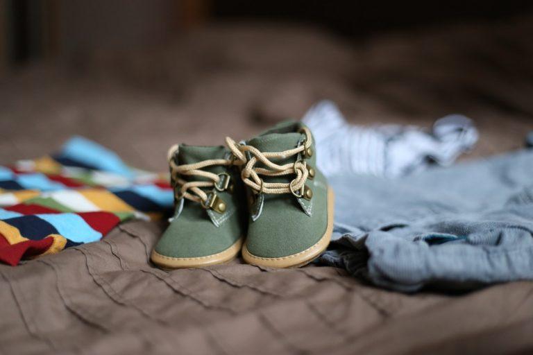 Guide d'achat : les vêtements pour bébé