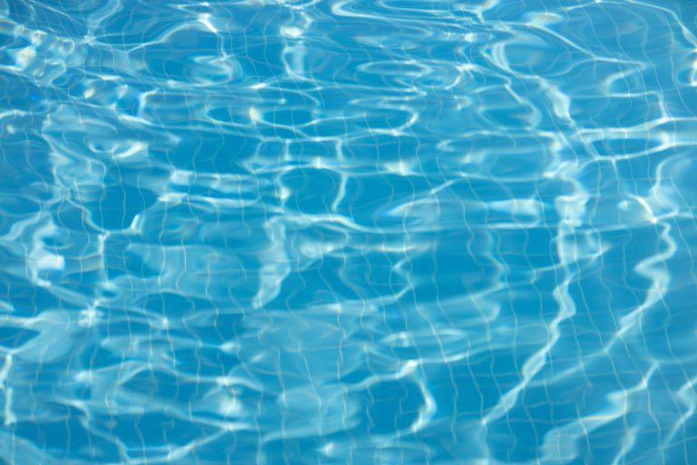 Quel est le prix moyen d'une piscine coque ?